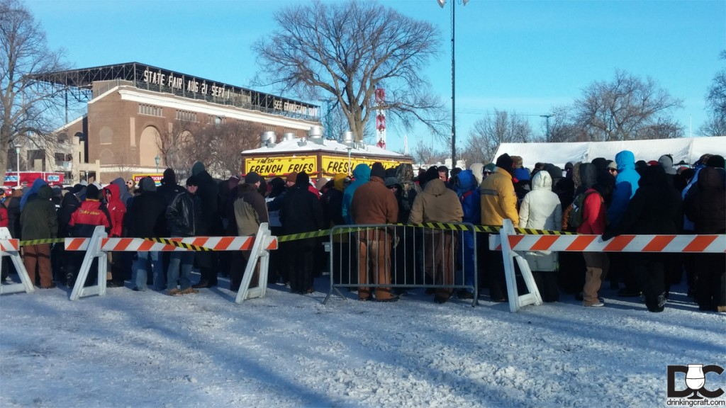 The crowd gathers in twenty below temps to get their Dabble on!